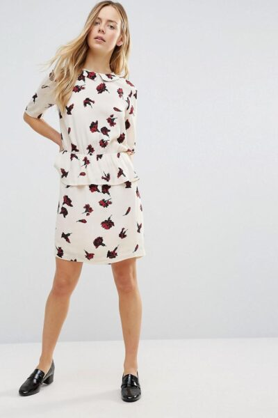 ganni-Cream-Jones-Crepe-Carnation-Print-Gathered-Waist-Dress (1)