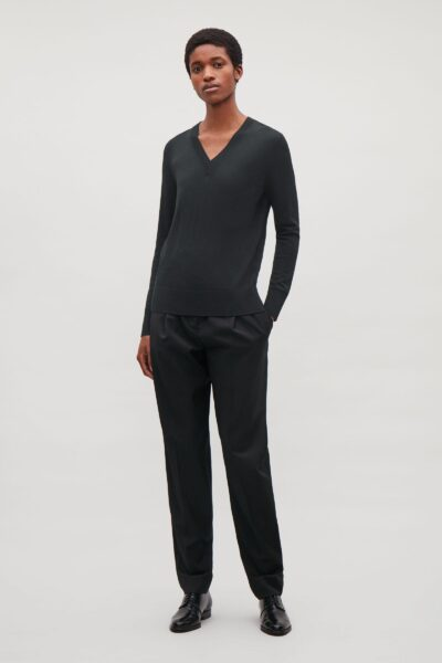 cos-Black-Fine-V-neck-Merino-Jumper